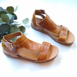 CAT • chunky platform brown leather sandals